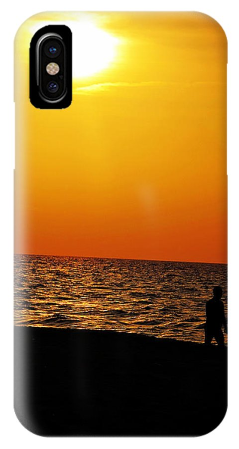 Varadero IPhone X Case featuring the photograph Settling by Zinvolle Art
