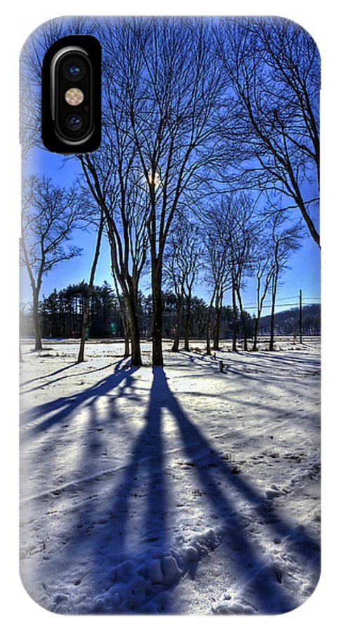 Evelina Kremsdorf IPhone X Case featuring the photograph Shining Through by Evelina Kremsdorf