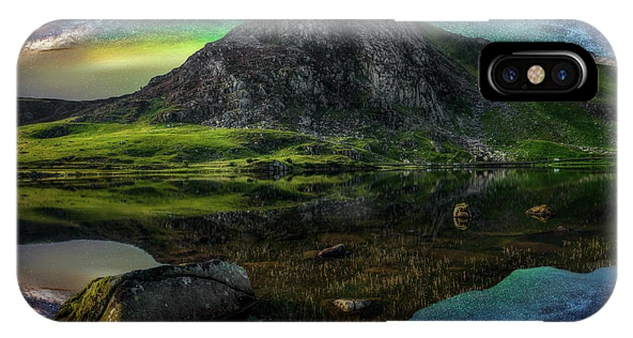 Tryfan Mountain IPhone X Case featuring the photograph Sky Full Of Stars by Adrian Evans