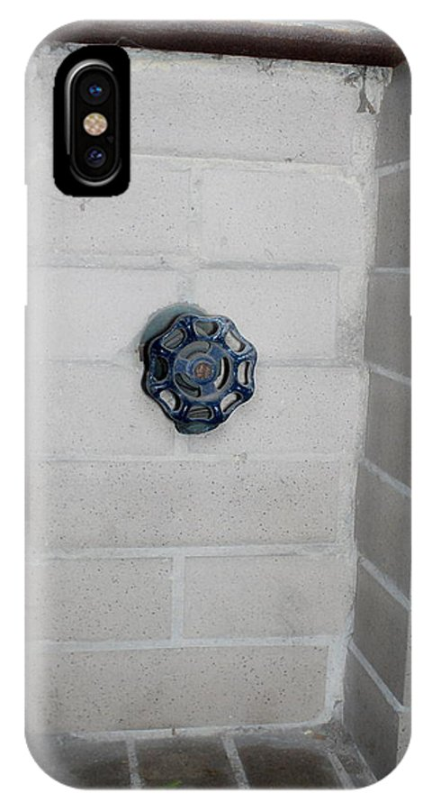 Color Photograph IPhone X Case featuring the photograph Spicket by Thomas Valentine
