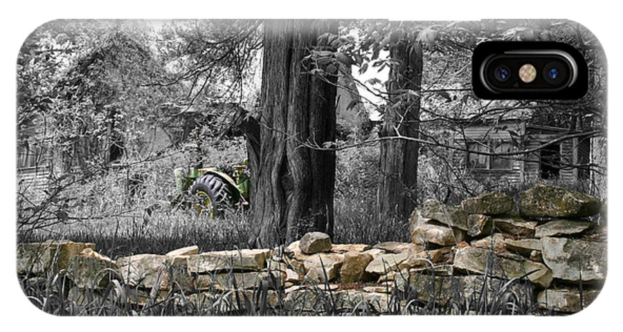 Color Desaturation IPhone X Case featuring the photograph Stonewall Deere by Dylan Punke