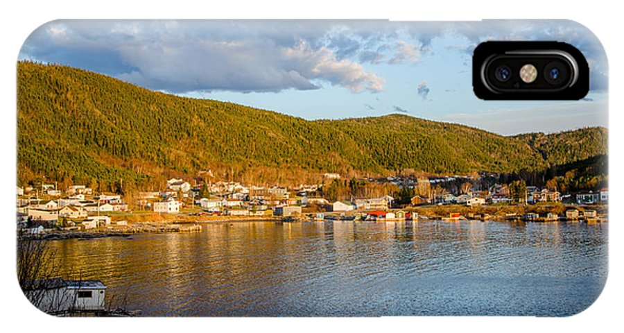 Seal Cove IPhone X Case featuring the photograph Sunny Bay by Lisa Killins