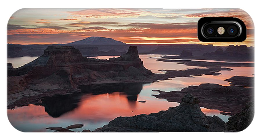 Lake Powell IPhone X Case featuring the photograph Sunrise At Lake Powell by James Udall