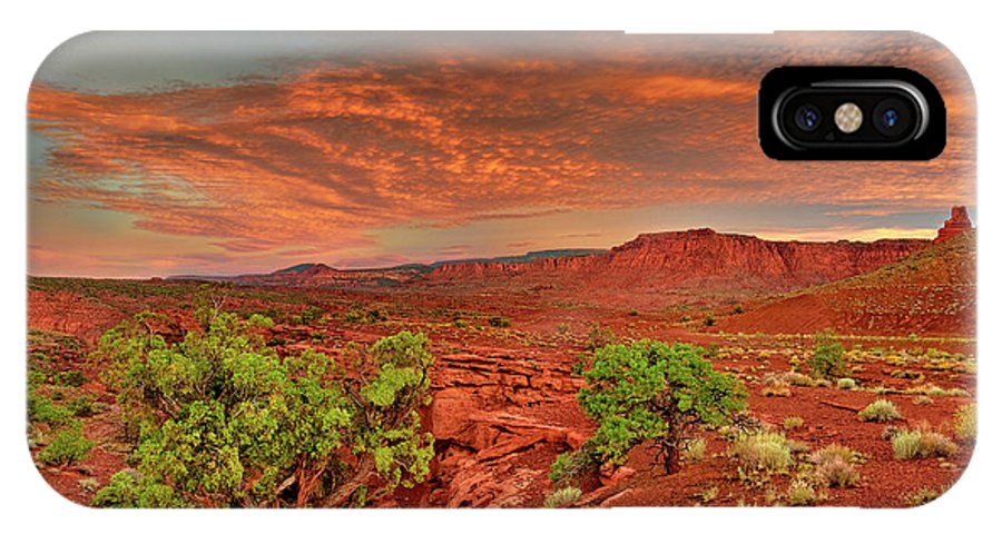 North America IPhone X Case featuring the photograph Sunrise In Capitol Reef National Park Utah by Dave Welling