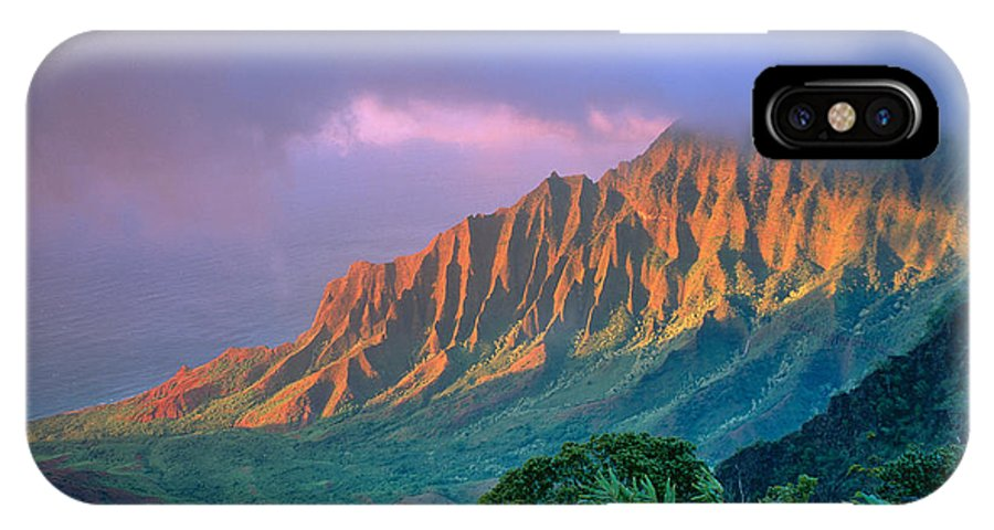 Aerial IPhone X Case featuring the photograph Sunset At Kalalau Lookout by Greg Vaughn - Printscapes