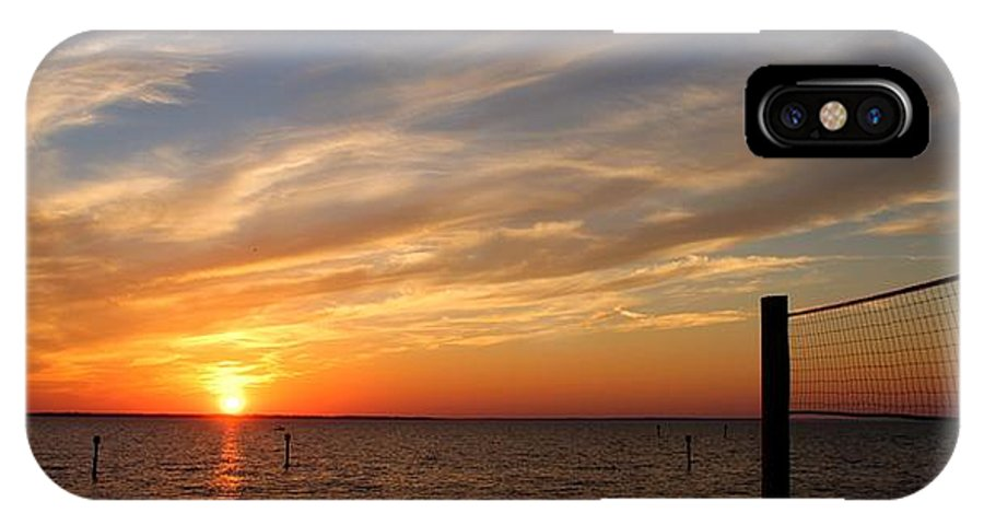 IPhone X Case featuring the photograph Sunset Huntingon Park by Randy Castaneda