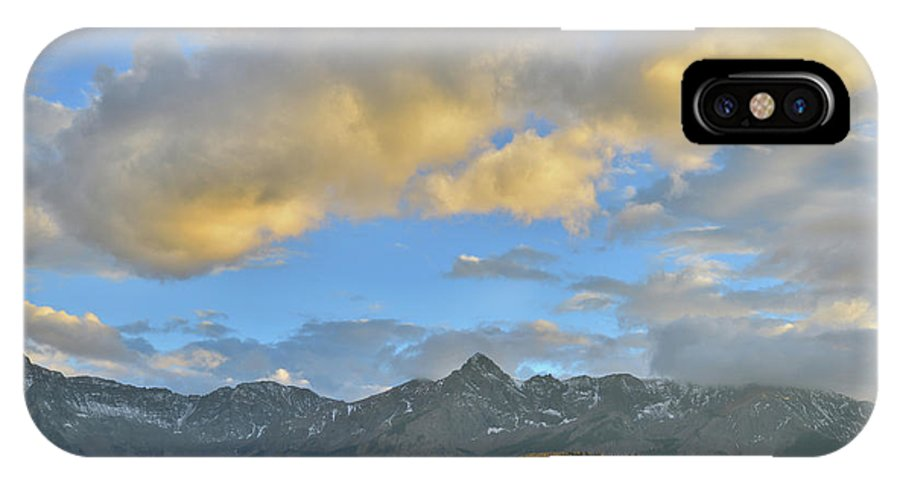 Colorado IPhone X Case featuring the photograph Sunset Over Dallas Divide by Ray Mathis