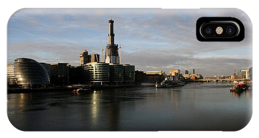Waterfront IPhone X Case featuring the photograph Thamse Waterfront - London by Christiane Schulze Art And Photography