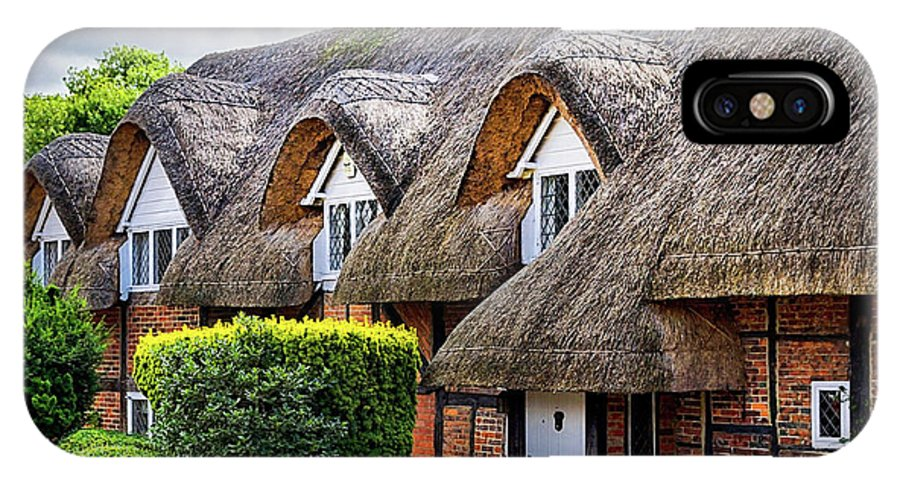Cottage IPhone X Case featuring the photograph Thatched Cottages In Chawton 2 by Shirley Mitchell