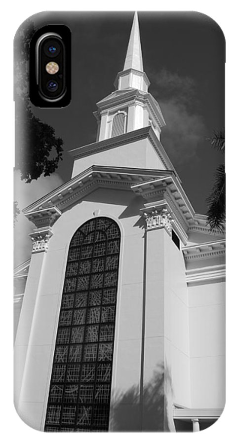Architecture IPhone Case featuring the photograph Thats Church by Rob Hans