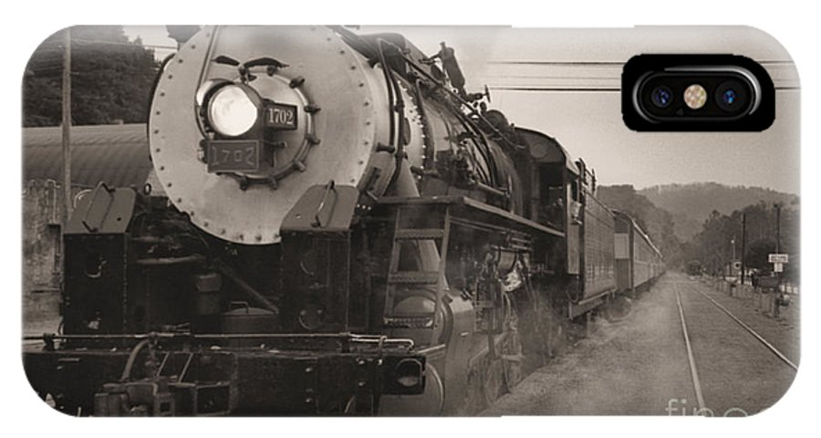 Trains IPhone X Case featuring the photograph The 1702 At Dillsboro by Richard Rizzo