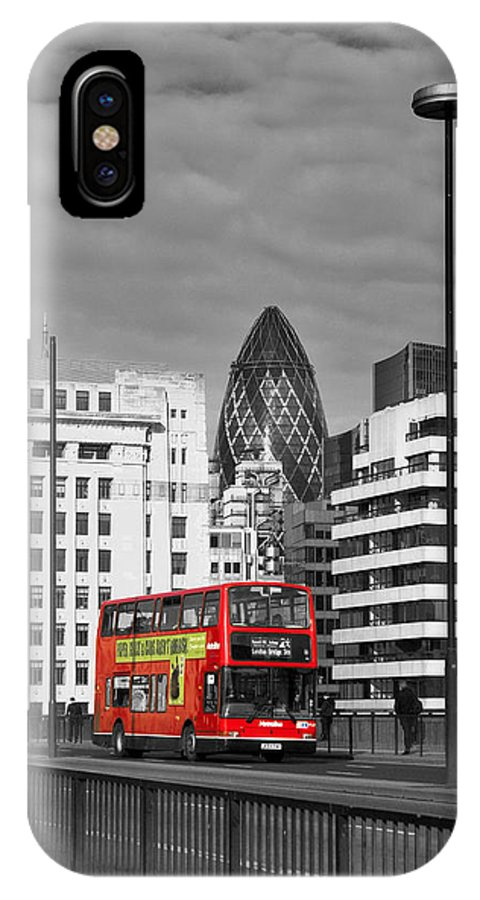 London IPhone X Case featuring the photograph The No 43 To London Bridge by Hazy Apple