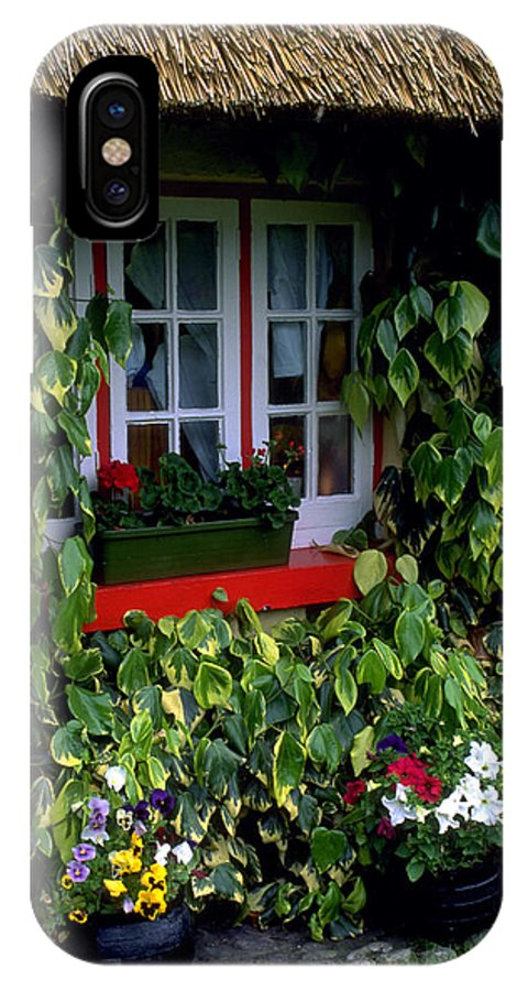 Ivy IPhone X Case featuring the photograph The Perfect Cottage by Carl Purcell