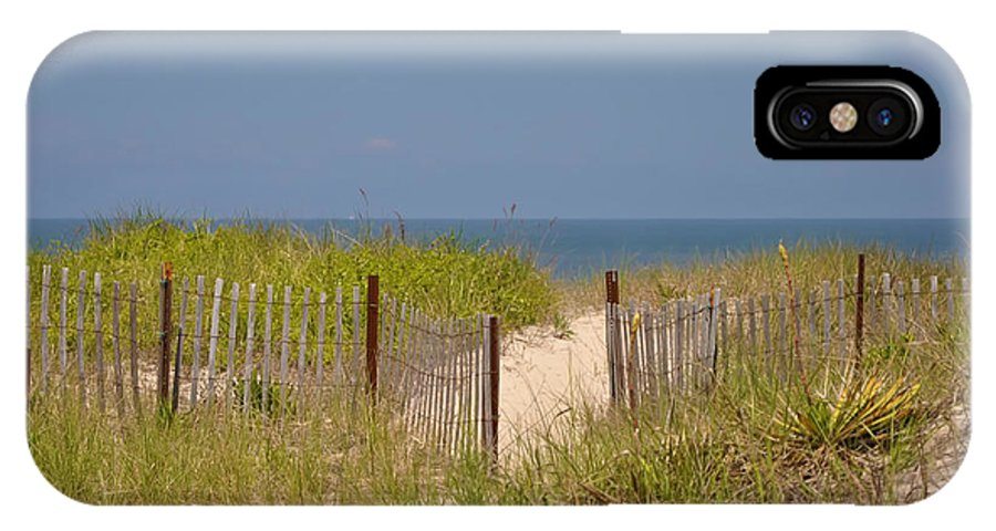 Beach IPhone X Case featuring the photograph This Way To The Beach by Bill Cannon