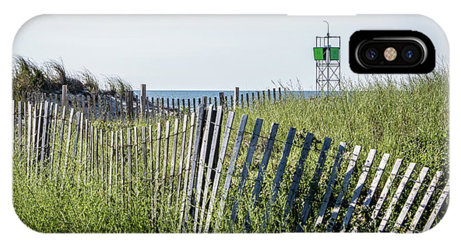 Fence IPhone X Case featuring the photograph To The Beach by Robert Anastasi