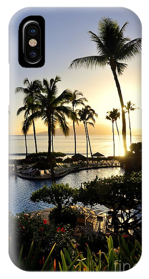 Maui IPhone X Case featuring the photograph Tropical Dream by Rosy Kueng