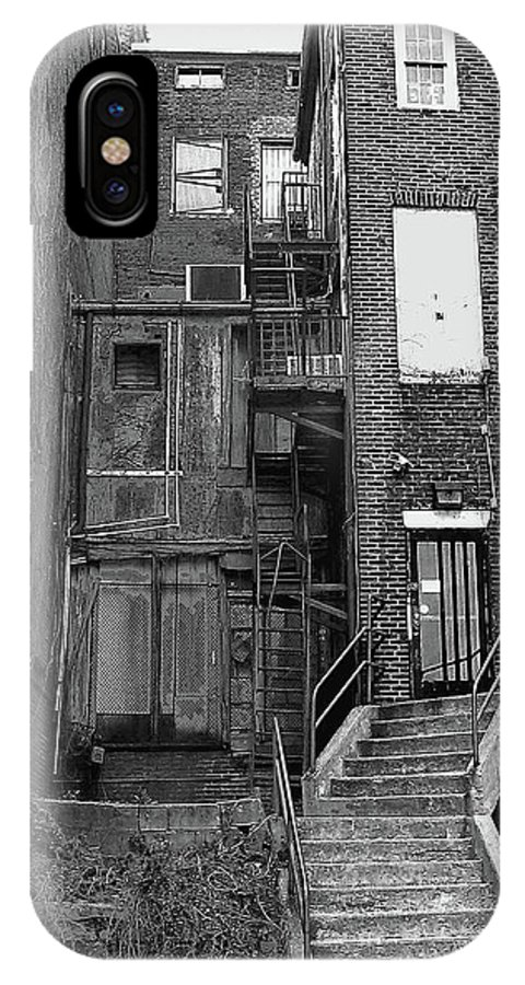 2d IPhone X Case featuring the photograph Urban Decay by Brian Wallace