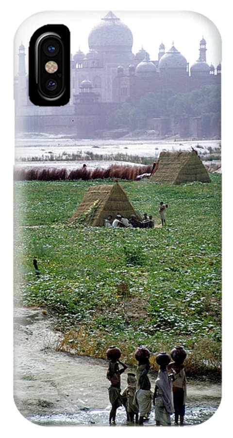 River IPhone X Case featuring the photograph View Of Taj Mahal by Carl Purcell