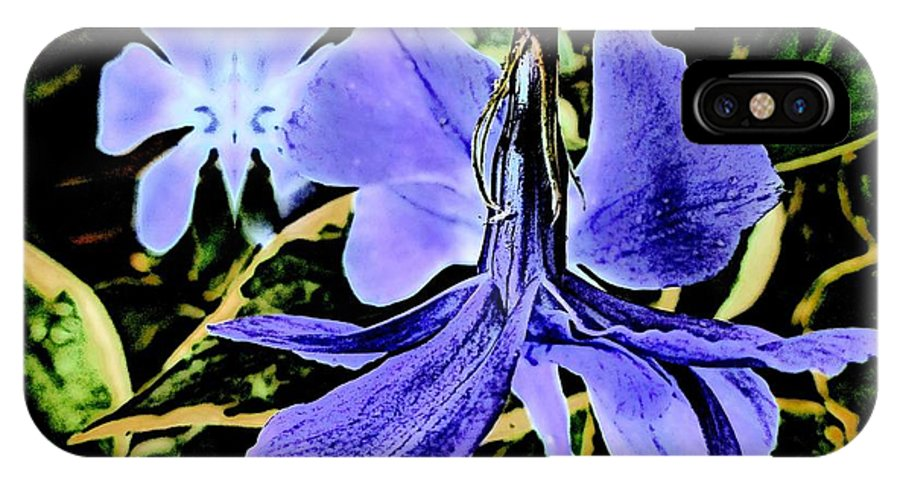 Flower IPhone X Case featuring the photograph Vinca Art by Irene Axelrod