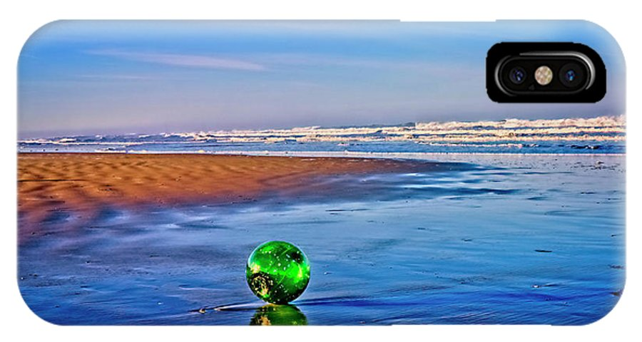 Waldport IPhone X Case featuring the photograph Waldport Oregon - Float The Ocean by Image Takers Photography LLC - Laura Morgan