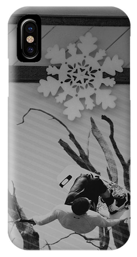Snow Flake IPhone X Case featuring the photograph Wall Surfing With A Snow Flake by Rob Hans