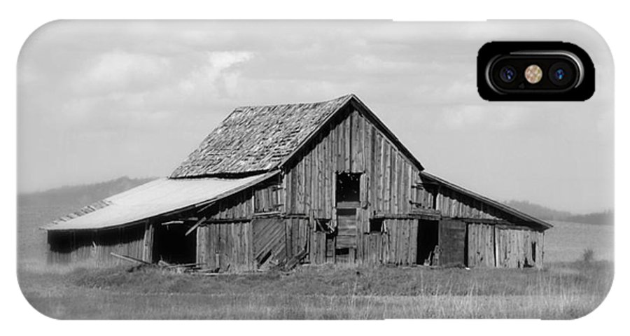 Barn IPhone X / XS Case featuring the photograph Warm Memories - Black And White by Carol Groenen