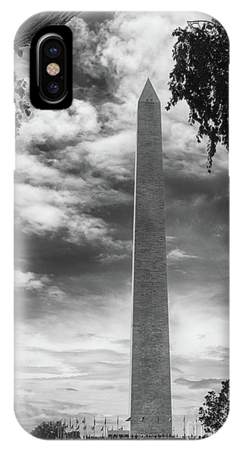 The Washington Monument IPhone X Case featuring the photograph Washington Monument Black And White by Tom Gari Gallery-Three-Photography