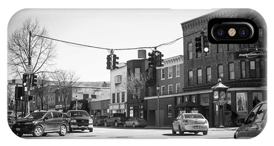 Bennington. Vermont IPhone X Case featuring the photograph Welcome To Bennington, Vt by Melissa Chesney
