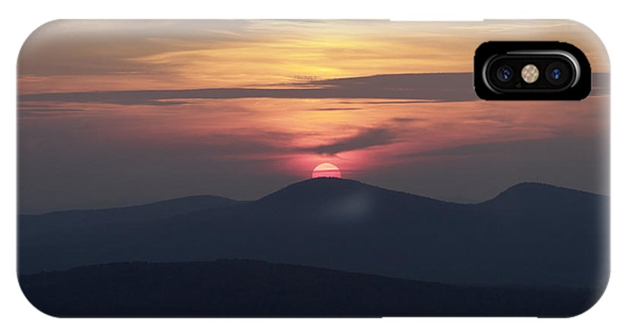 Alpenglow IPhone X Case featuring the photograph White Mountains Nh - Sunset by Erin Paul Donovan