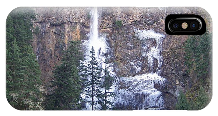 Multnomah Falls IPhone X Case featuring the photograph Winter At Multnomah Falls by Charles Robinson