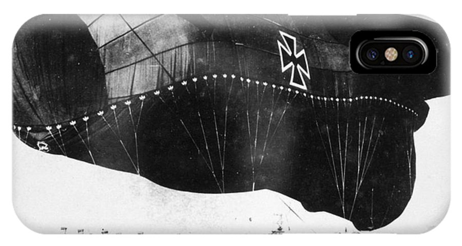 1914 IPhone X Case featuring the photograph World War I: Airship by Granger