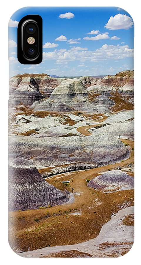 Painted Desert IPhone X Case featuring the photograph Yea Though I Walk by Skip Hunt