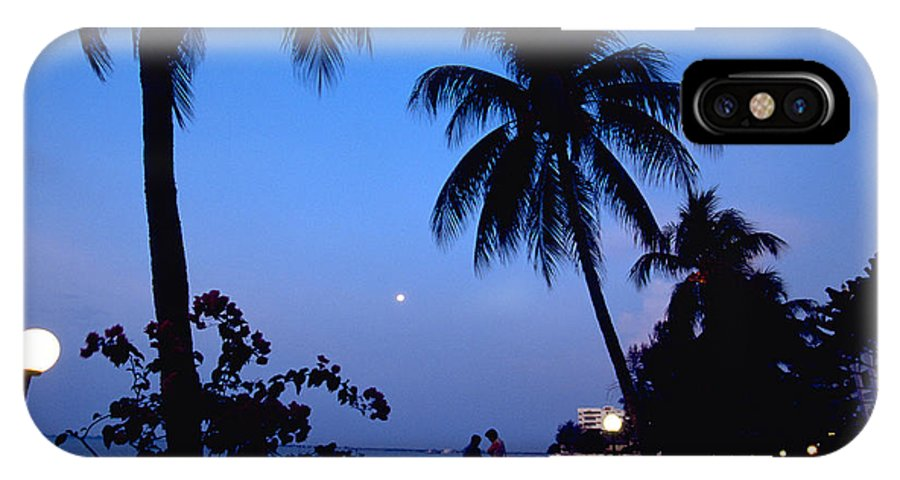 Full Moon IPhone X Case featuring the photograph Young Lovers In Penang by Michael Mogensen