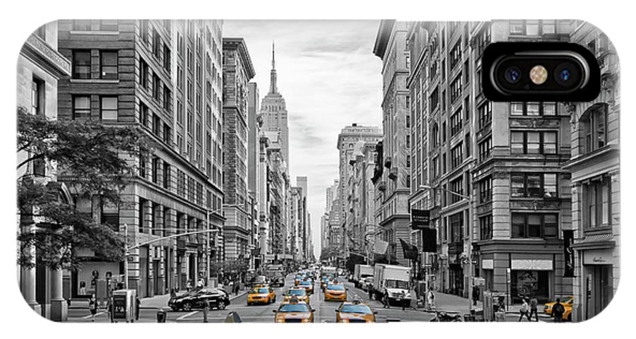 Fifth Avenue IPhone X Case featuring the photograph 5th Avenue Nyc Traffic by Melanie Viola