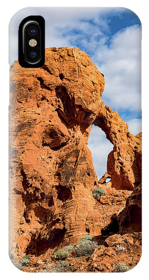 Valley Of Fire IPhone X Case featuring the photograph El Portal Arch by James Marvin Phelps