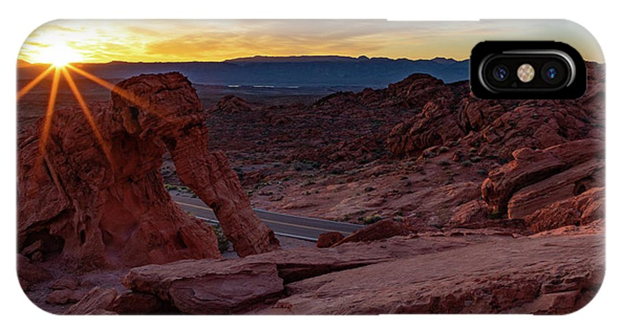 Valley Of Fire IPhone X Case featuring the photograph Daybreak by James Marvin Phelps
