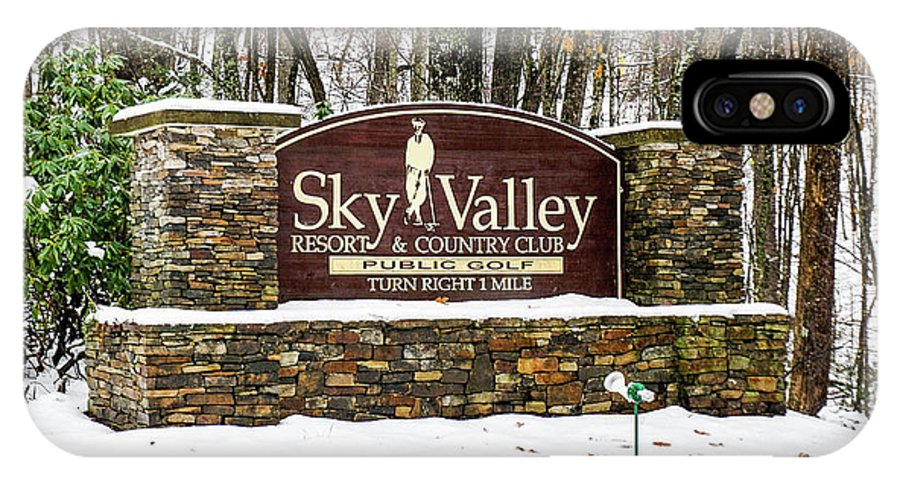 Welcome IPhone X Case featuring the photograph Sky Valley Georgia Welcome Sign In The Snow by Seth Solesbee