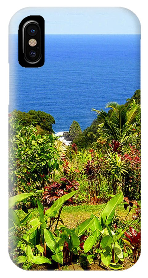 Maui IPhone X Case featuring the photograph There Is A Paradise - Maui Hawaii by Glenn McCarthy Art and Photography