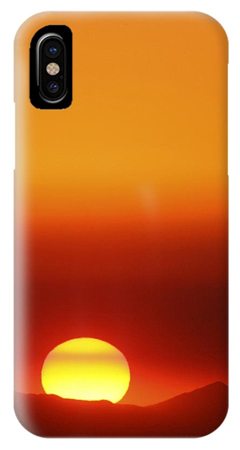 Catalina Sunset IPhone X Case featuring the photograph Catalina Sun by Andre Aleksis
