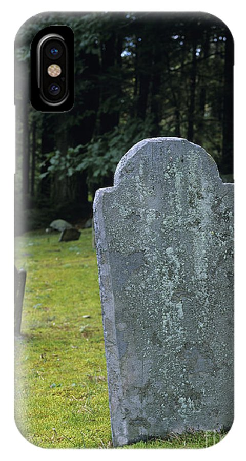 Gravestone IPhone X Case featuring the photograph Ye Olde Cemetery - Danville New Hampshire by Erin Paul Donovan
