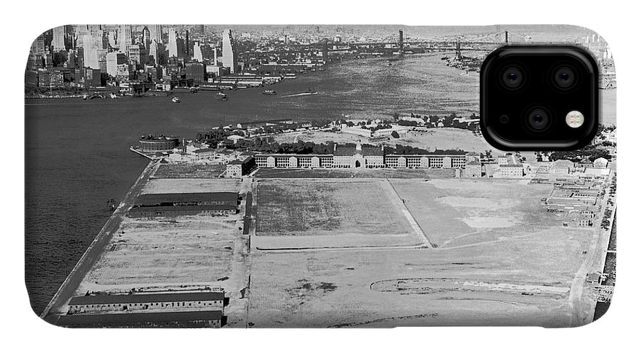 1930s IPhone Case featuring the photograph Governors Island In Ny by Underwood Archives