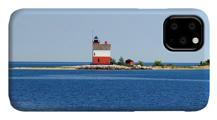 Great Lakes IPhone 11 Case featuring the photograph Usa, Michigan, Macinaw City, Round by Peter Hawkins