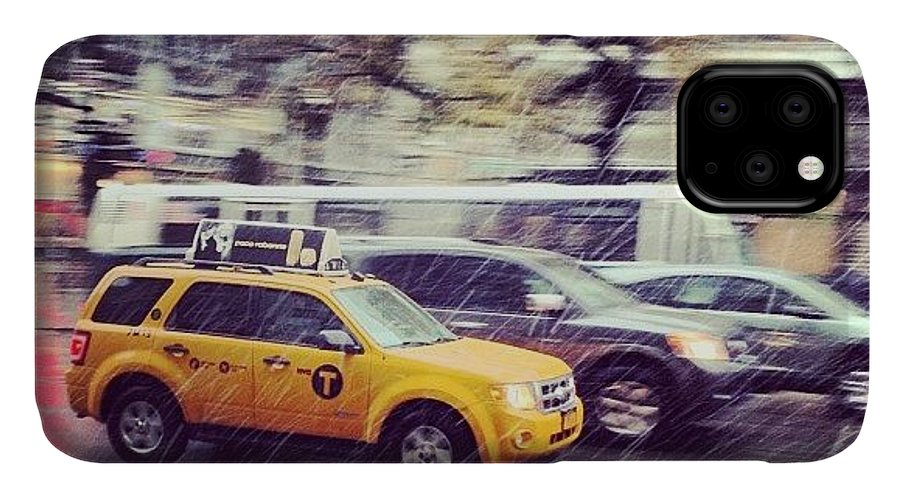 Europe IPhone Case featuring the photograph Snow In Nyc by Randy Lemoine
