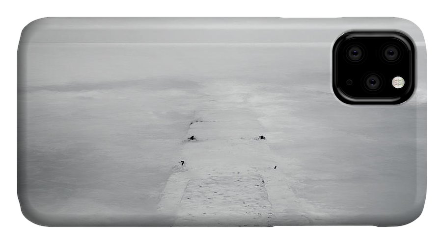 Horizon IPhone Case featuring the photograph Destitute Of Hope by Scott Norris