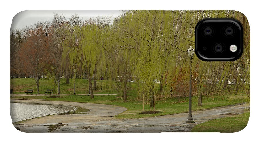 Landscape Park Washington Willow Tree Lake IPhone Case featuring the photograph Dnrf0401 by Henry Butz