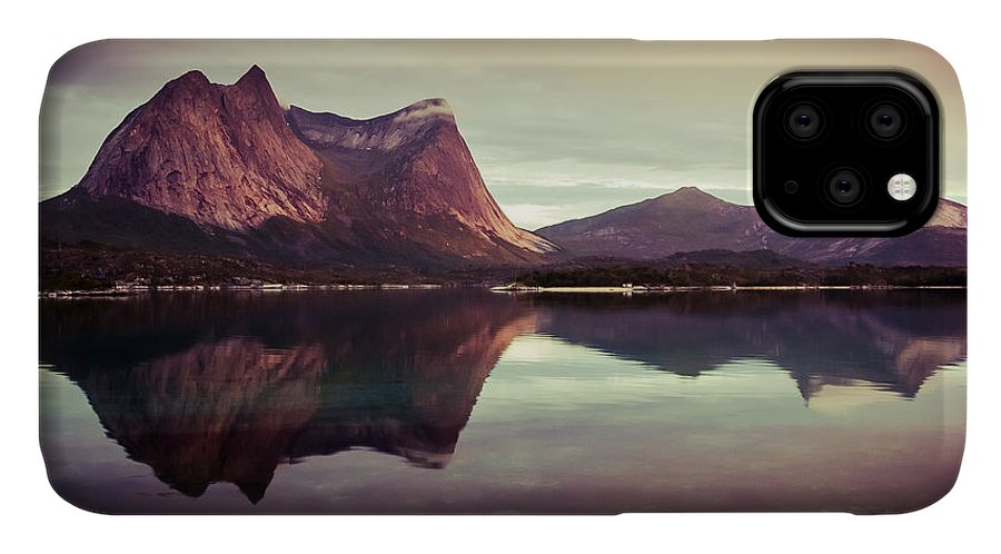 Europe IPhone Case featuring the photograph The Mirroring by Radek Spanninger
