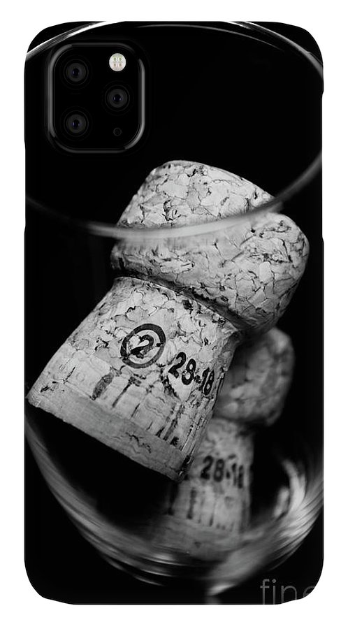 Wine IPhone Case featuring the photograph Flute Celebration by Jorgo Photography - Wall Art Gallery