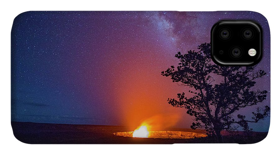 Douglas Peebles IPhone Case featuring the photograph Makena Beach, Makena State Park, Maui by Douglas Peebles