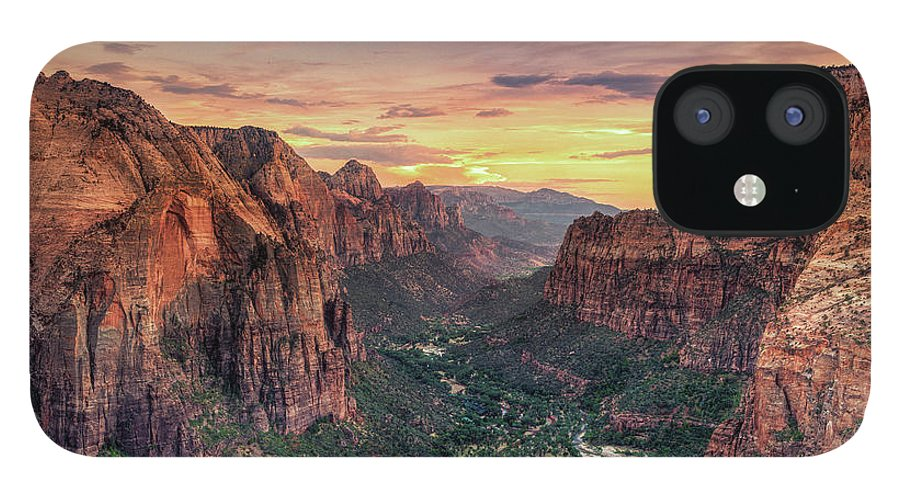 Scenics iPhone 12 Case featuring the photograph Zion Canyon National Park by Michele Falzone