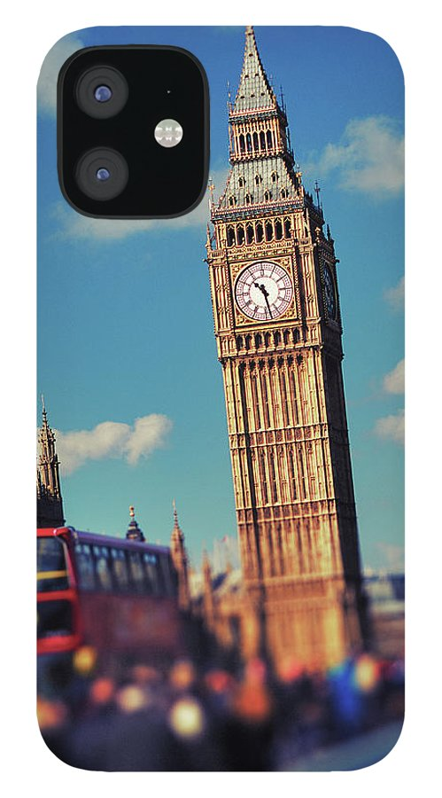 Clock Tower IPhone 12 Case featuring the photograph Big Ben And Commuter Traffic by Doug Armand
